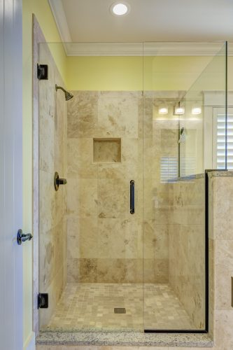 Duchafacil así cambiamos su bañera por plato de ducha